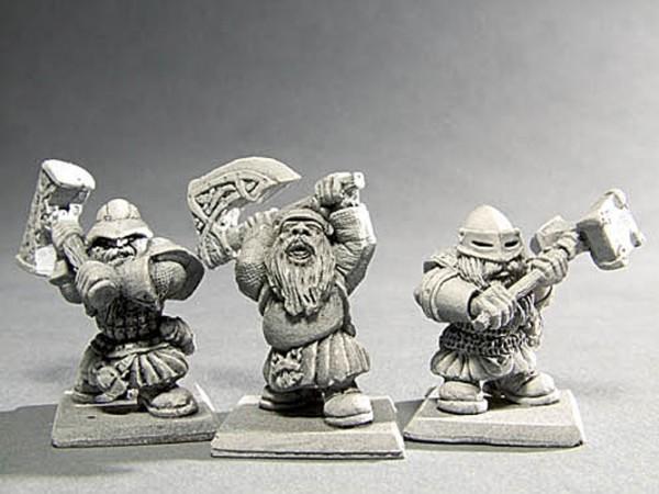 Krieger der Zwerge mit Zweihandwaffe I