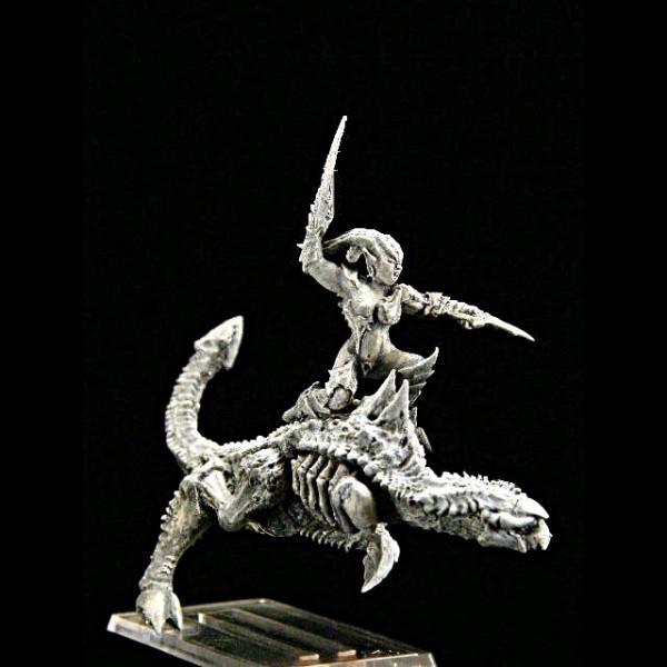 Jägerin auf dämonischem Pferd I
